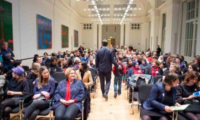 Auf dem Bild ist der Sahl und das Publikum zu sehen, in dem der Hatun-Sürücü-Preis 2017 verliehen wurde.