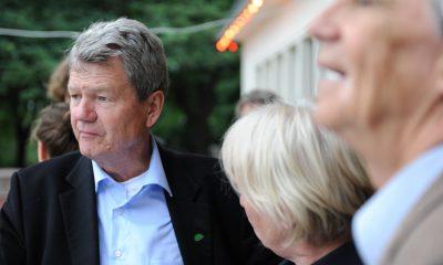 Auf dem Bild sind Wolfgang Wieland und Hans-Christian-Ströbele zu sehen.