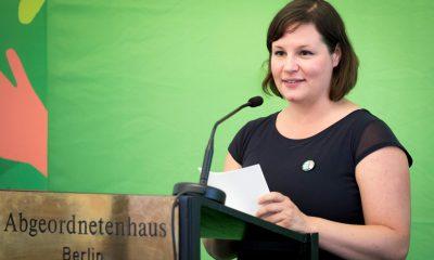 Auf dem Bild ist Antje Kapek zu sehen.