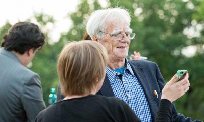 Auf dem Bild sind Katrin Schmidberger und Hans-Christian Ströbele zu sehen.