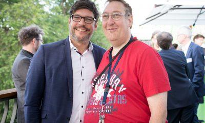 Auf dem Bild sind Dirk Behrendt und Christian Specht zu sehen.