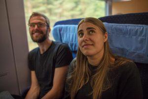 Auf dem Bild sind June Tomiak und Georg Kössler zu sehen