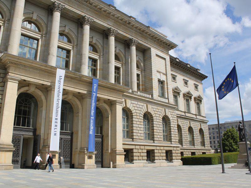 Der Eingangsbereich des Berliner Abgeordnetenhauses