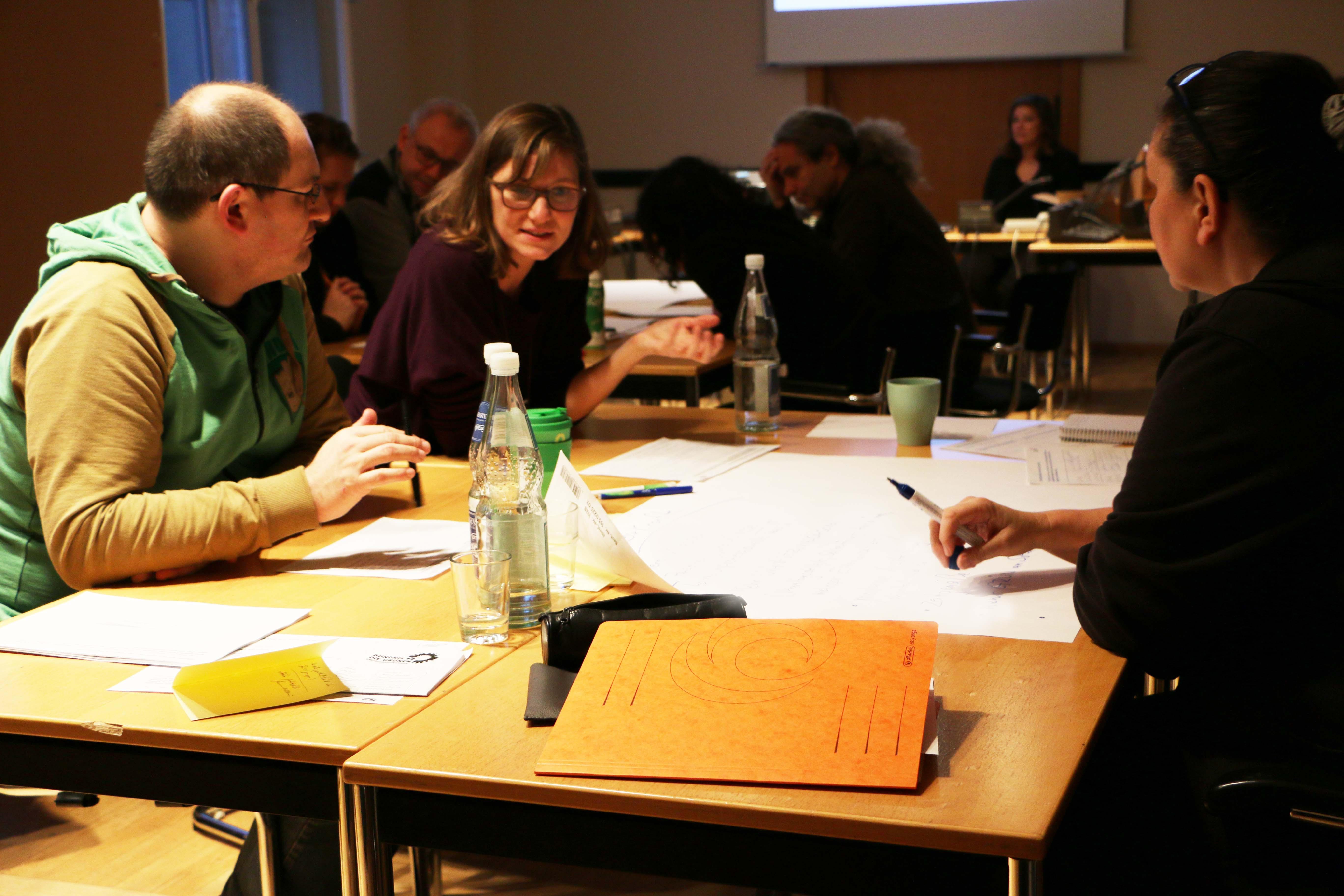 Die Mitarbeitenden der Fraktion tauschen sich aus und stimmen sich gemeinsam auf das Jahr 2019 ein