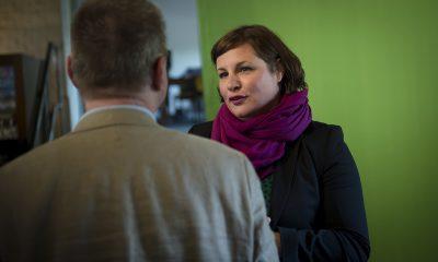 Antje Kapek begrüßt auf dem Fraktionsfrühjahrsempfang 2019 im Zentrum für Kunst und Urbanistik die Gäste