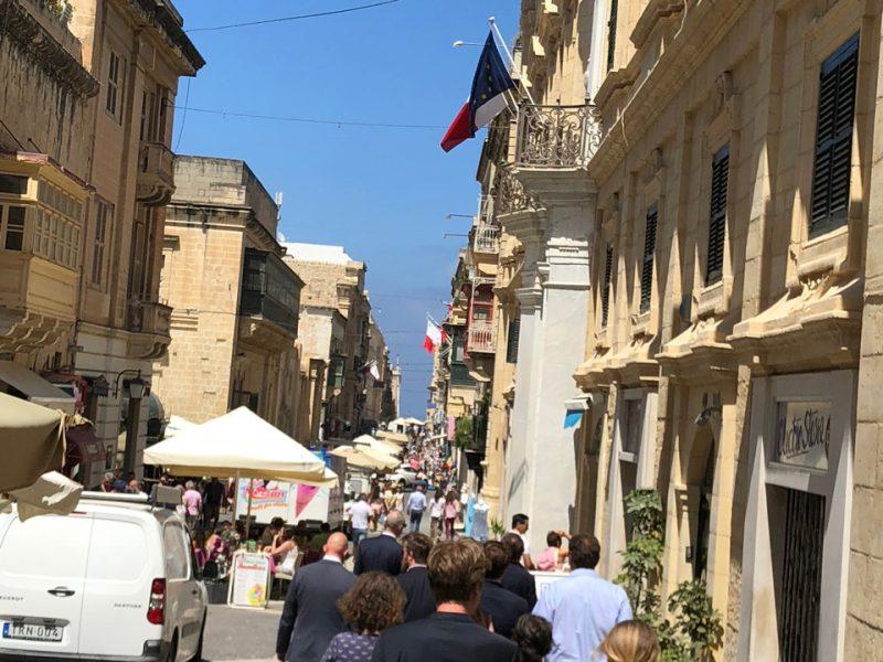 Die Altstadt von Maltas Hauptstadt Valletta ist das Ziel von Touristen.