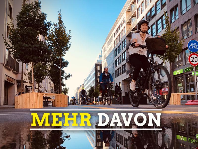Radfahrer*innen in Friedrichstraße
